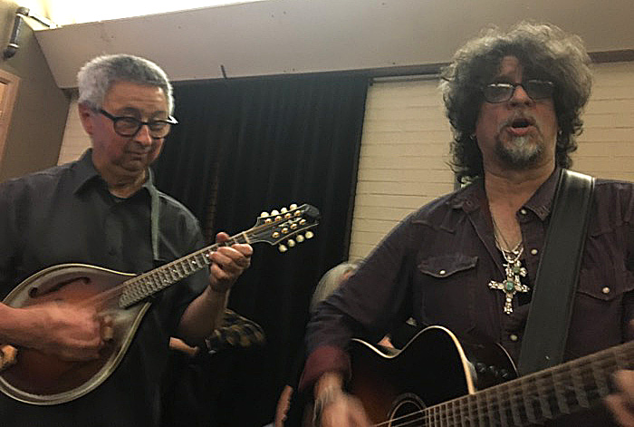 with Dan Navarro, Swallow Hill Denver CO June 2019